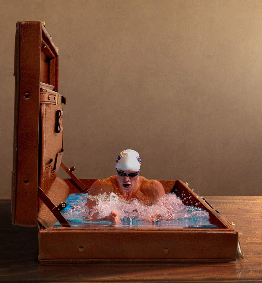 Briefcase swimmer